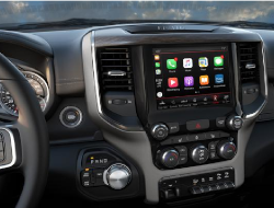 2019 Ram 2500 and 3500 interior view with 8.4-inch UAQ 4C Nav Radio