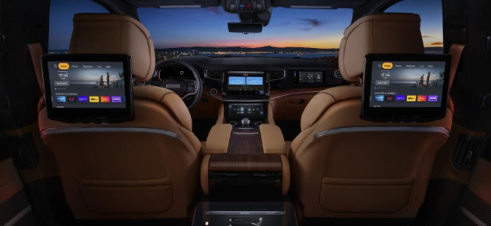 2022 Jeep Grand Wagoneer 2nd Row Seating 10.5 inch Touchscreen