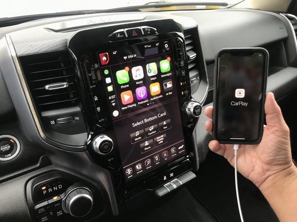 2019-2020 RAM Truck UAX Uconnect 4C NAV with 12-inch Touchscreen including Apple CarPlay & Android Auto Upgrade