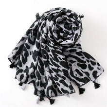 Load image into Gallery viewer, Fashion Women Leopard Print Scarf