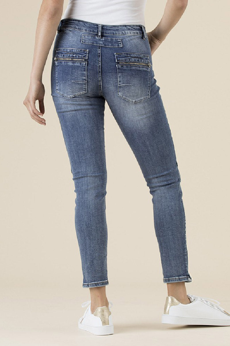 Buttoned Zip Jeans
