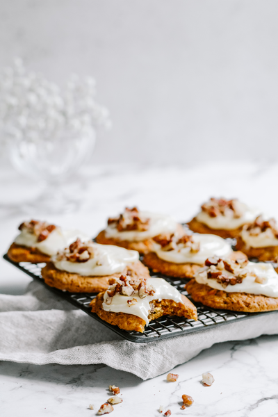 Carrot-Cake-Cookies-With-Cream-Cheese-Icing-By-Jaharn-Quinn-Smor-Kitchen