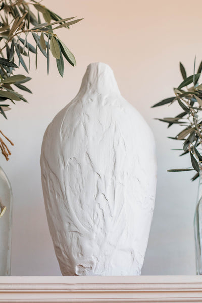 DIY Textured Vase Using Joint Compound
