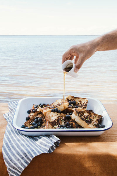 French-Toast-With-Blueberries-and-Pistachios-Smor-Kitchen-Jaharn-Quinn