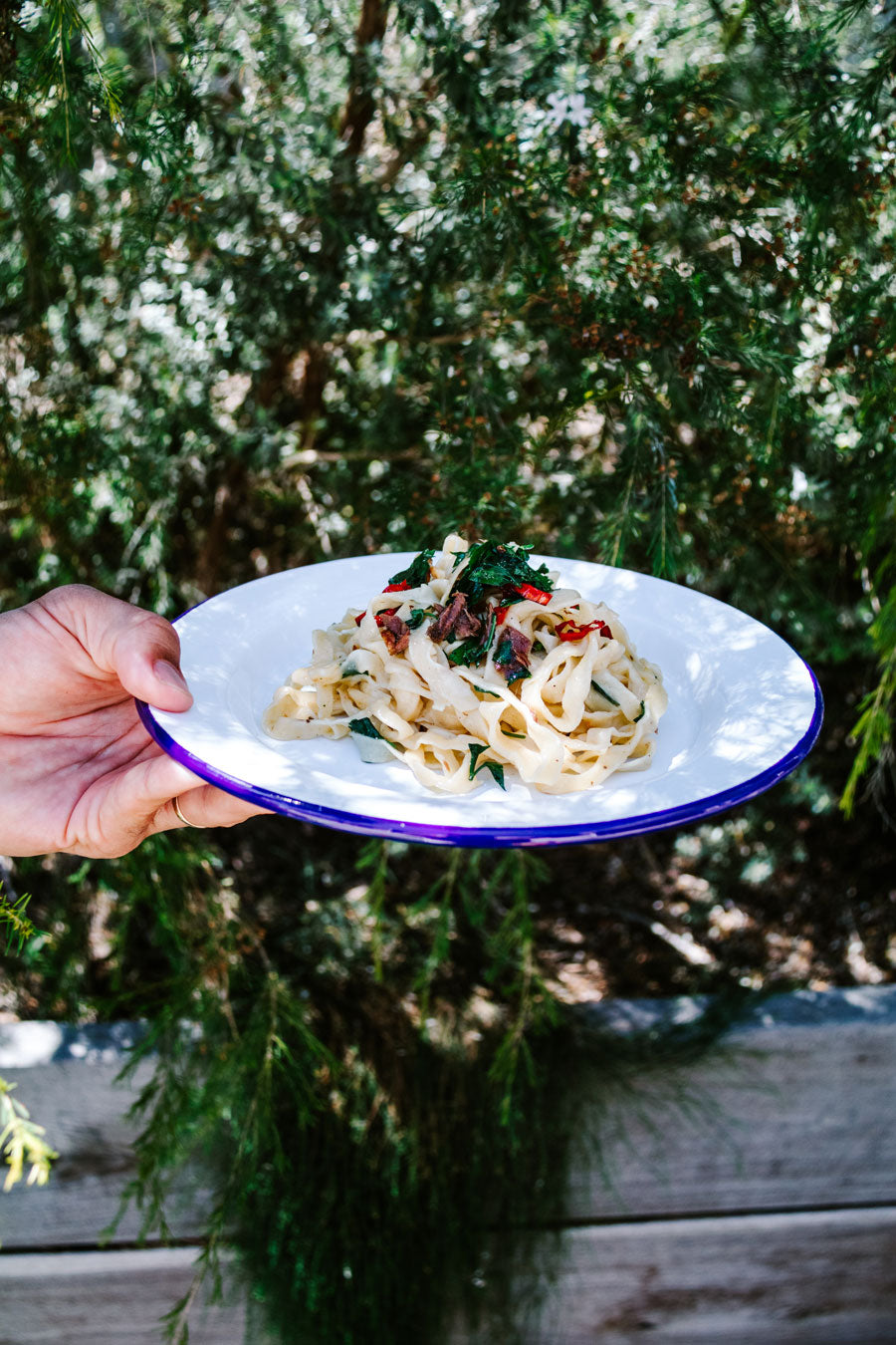 Smor-Kitchen-Homemade-Fettuccini-with-Anchovies-Chillies-and-Parsley-Recipe