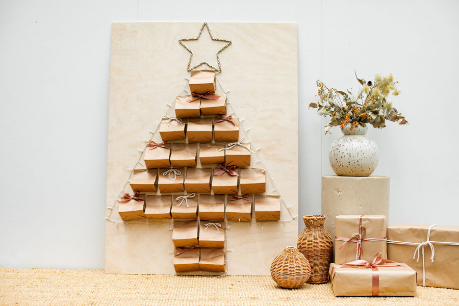 Smor-Kitchen-Kids-DIY-Christmas-Tree-Advent-Calendar