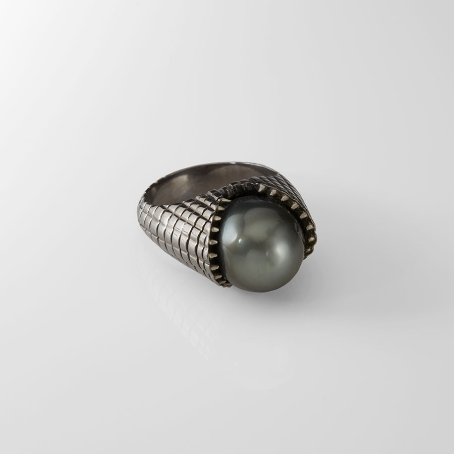 tahitian pearl ring, black rhodium, carved teeth ring, grey diamond jewelry, custom, slight jewelry