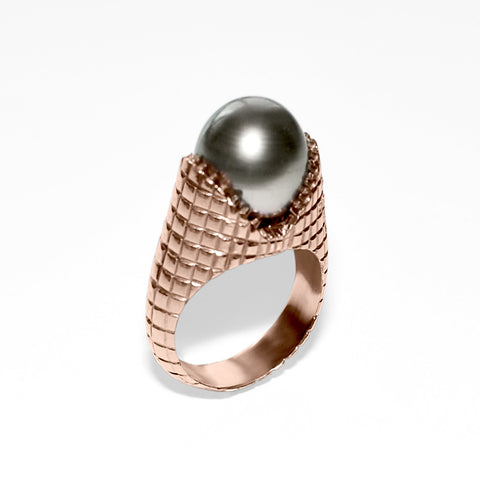 Carved Teeth Ring with Tahitian Pearl