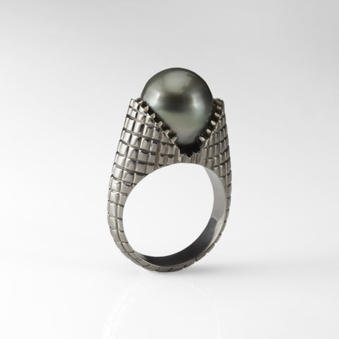 Gold Carved Teeth Ring with Tahitian Pearl and Grey Diamonds