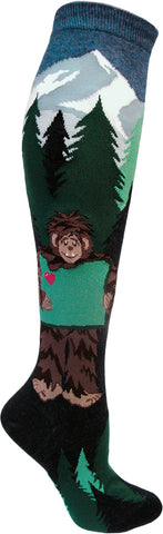 Sasquatch love Oregon women's knee high socks