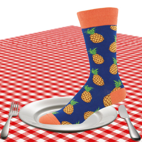 Men's pineapple socks in blue
