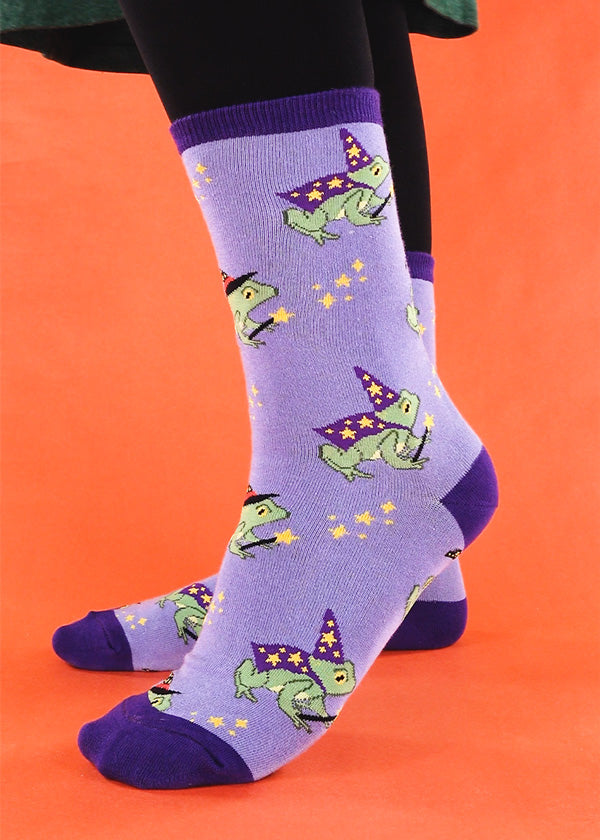 Cute frog socks with frogs dressed up as witches and wizards