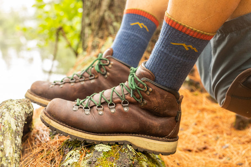 Keep feet healthy in socks that prevent blisters