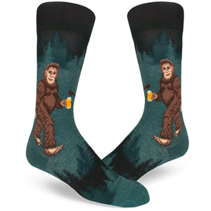 Best-selling Sasquatch socks for men with Bigfoot holding a beer.