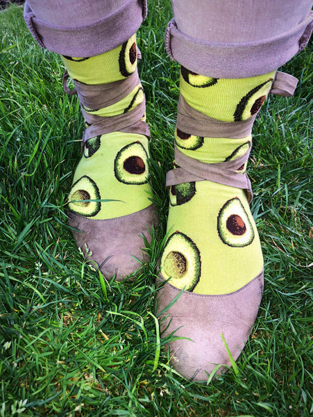 Avocado crew socks with ribbon ballet flats and skinny jeans