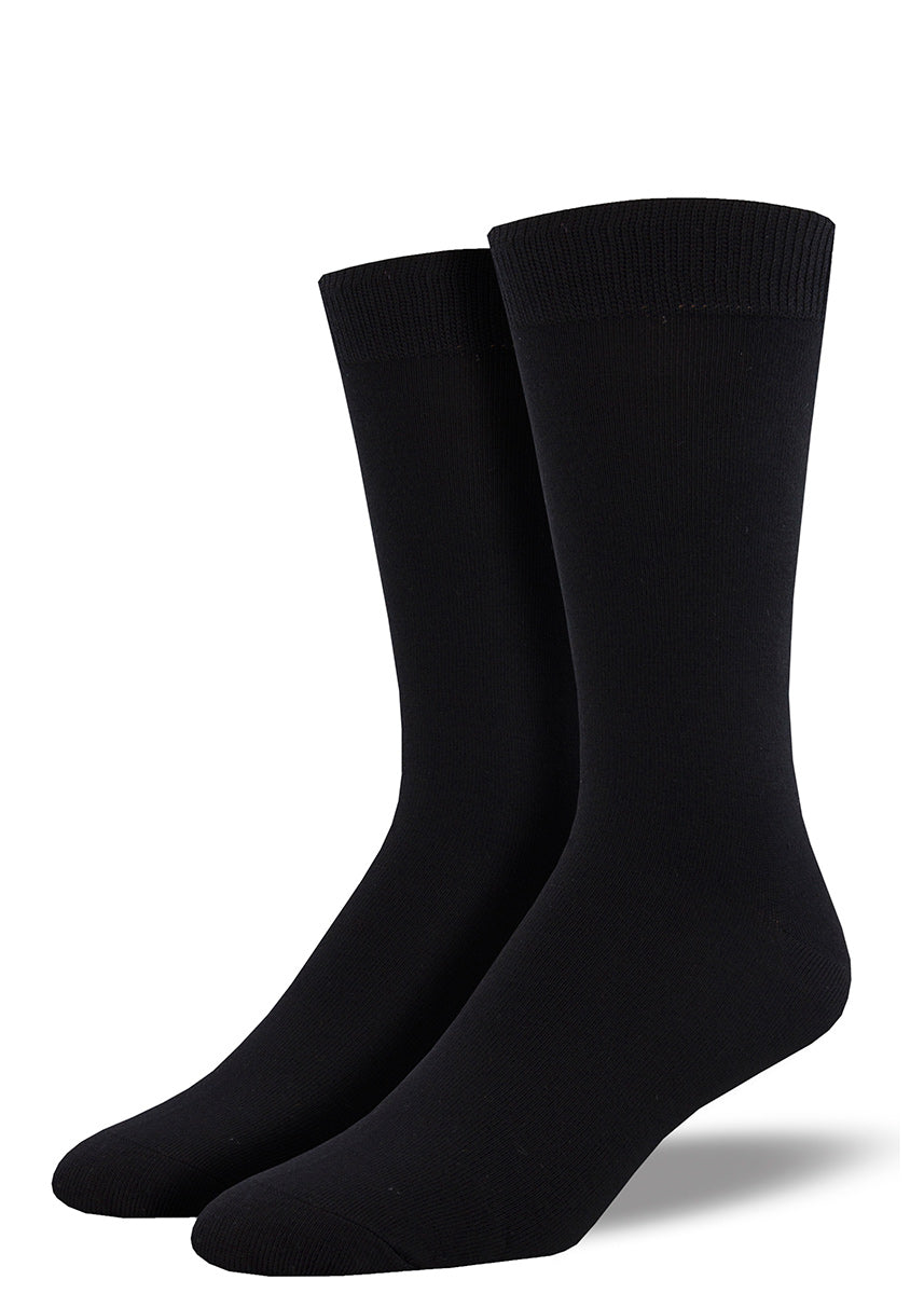 Bamboo socks for men come in a solid black colorway.