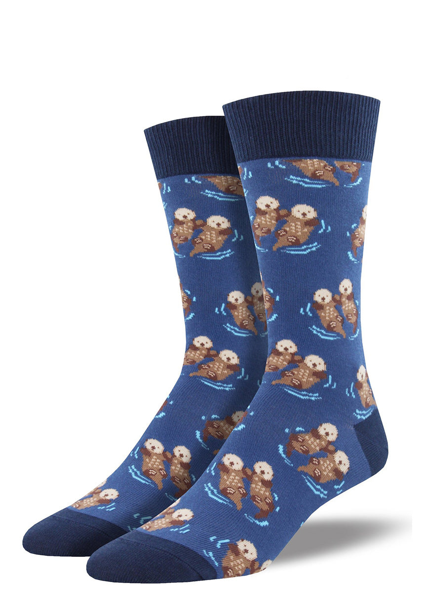 Extra-large crew socks for men feature adorable sea otters holding hands!