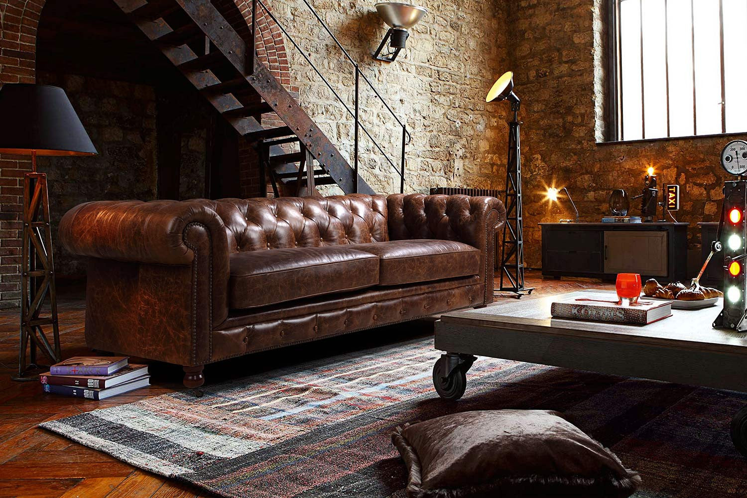 Charmant Kensington Chesterfield Leather Sofa By Rose U0026 Moore In An Industrial  Interior