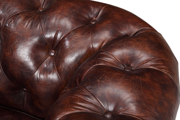 Armchair tufts in antique burgundy