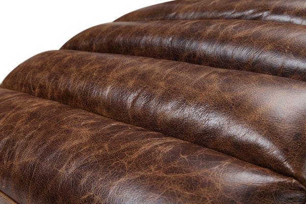 Leather quilted Chaise Lounge