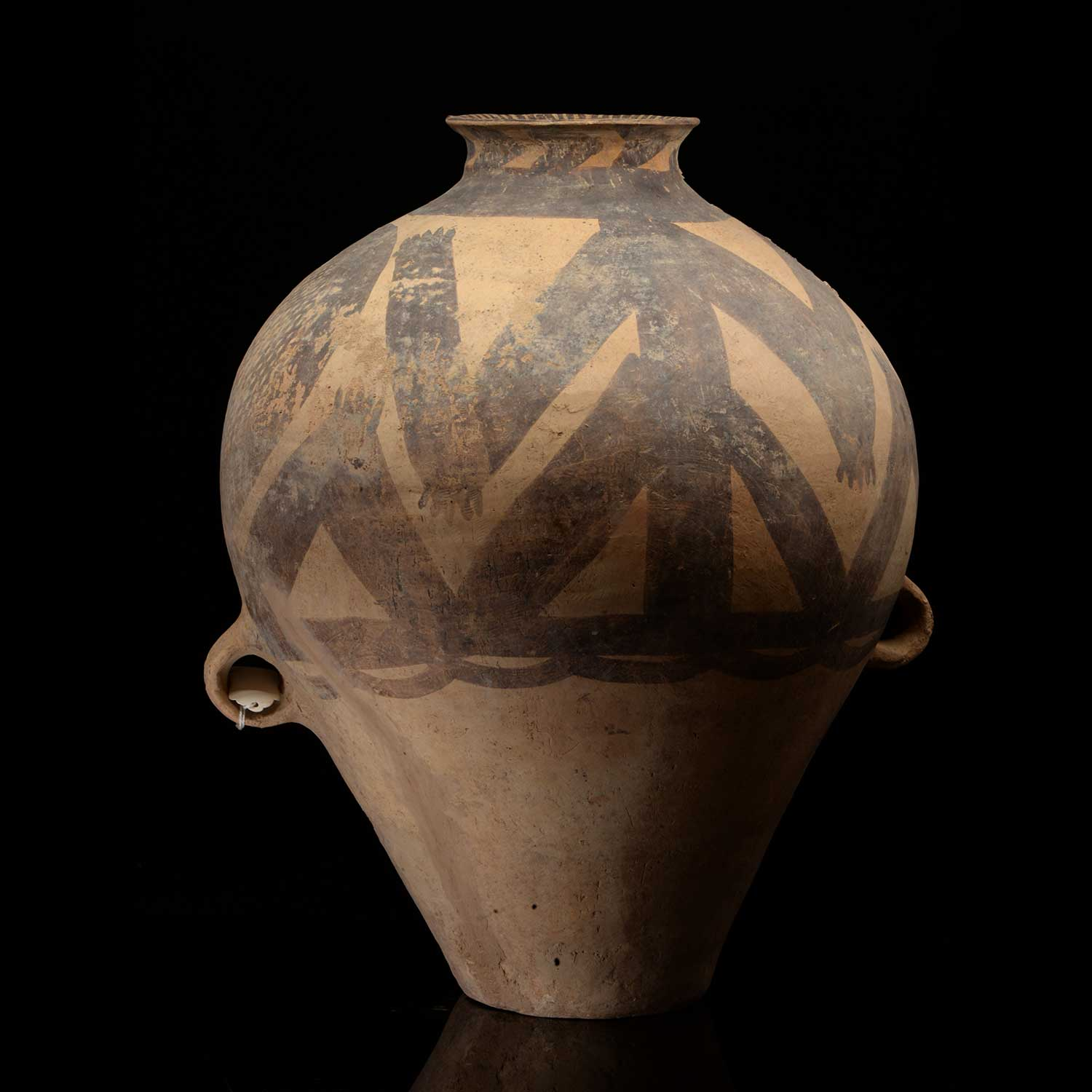 A large Yangshao terracotta Decorated Jar, Neolithic Period, ca. 3rd millennium BCE - Sands of Time Ancient Art