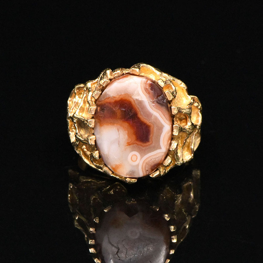 A fine Egyptian Red Agate Ring, Late Period, ca. 664-332 BCE