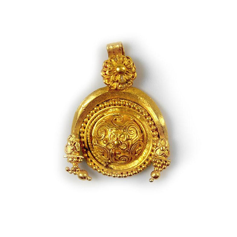 A fine Greek Gold Pendant, Hellenistic Period, ca 3rd century BCE - Sands of Time Ancient Art