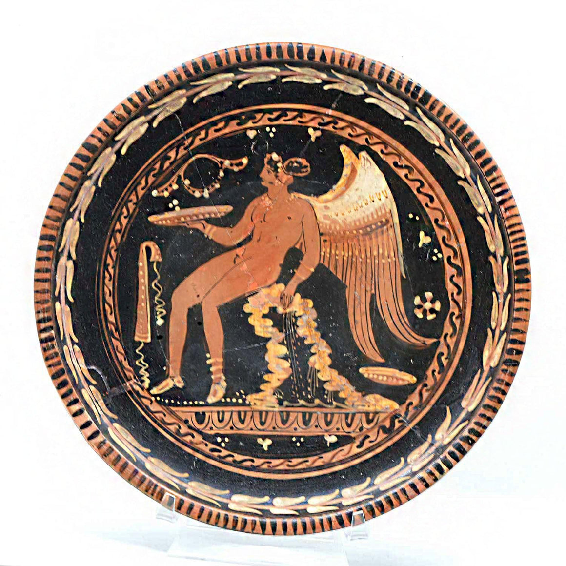 * An Apulian Red-Figure Patera, Magna Graecia, ca. 4th century BCE - Sands of Time Ancient Art