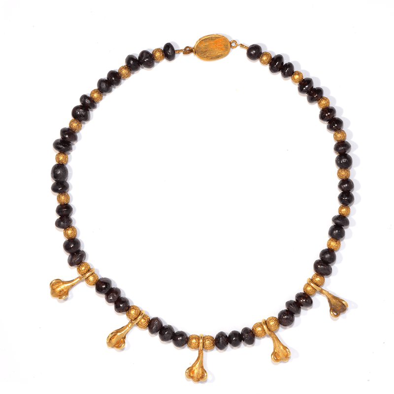 A Greek Garnet and Gold Pendant Necklace, Hellenistic Period, ca. 3rd - 1st century BCE - Sands of Time Ancient Art