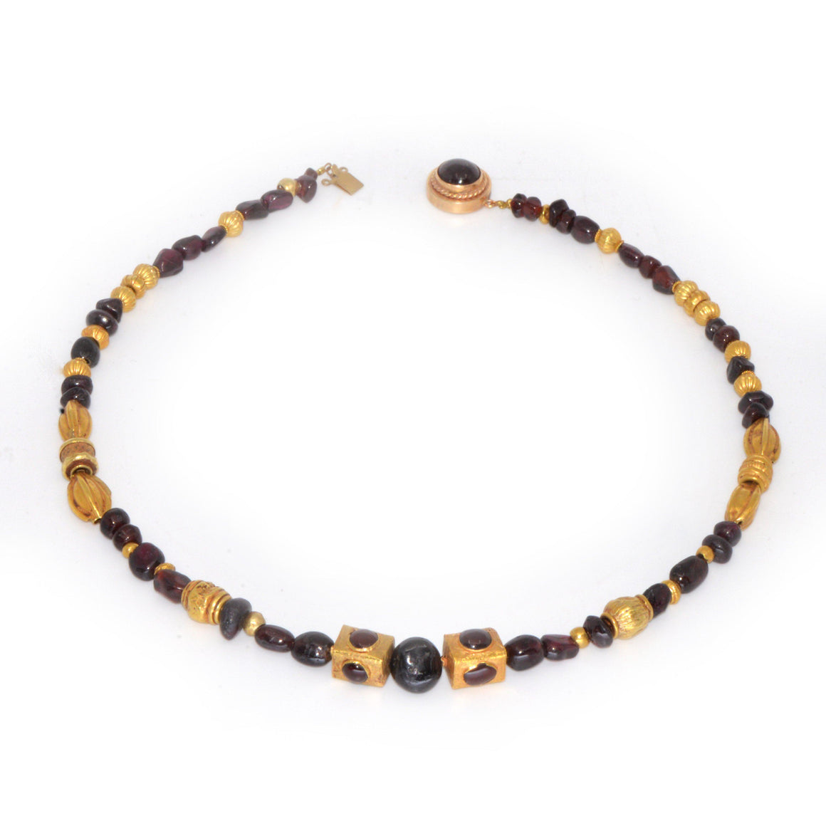 * A superb Gold and Garnet Bead Necklace, Achaemenid Period, Persia, ca 550 - 300 BC - Sands of Time Ancient Art