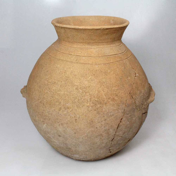 A large Mesopotamian Terracotta Vessel, ca. 3,000 BC - Sands of Time Ancient Art