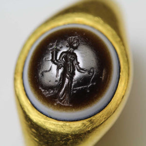 A Roman Eye-Agate Finger Ring with Fortuna Intaglio, ca. 1st Century BC/AD - Sands of Time Ancient Art