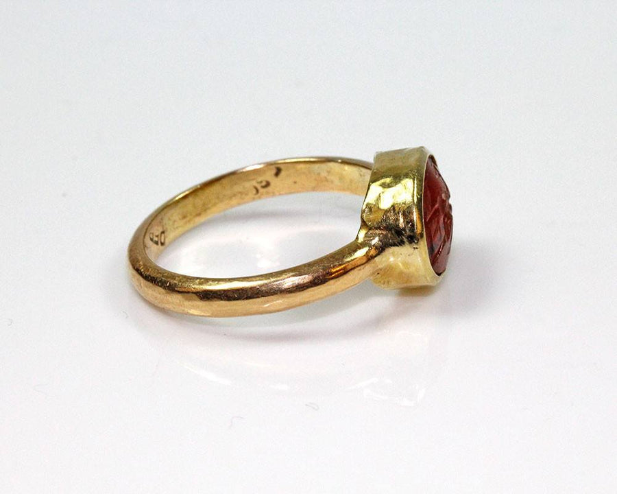 - A Roman Carnelian Ringstone Intaglio, ca 2nd century AD - Sands of Time Ancient Art