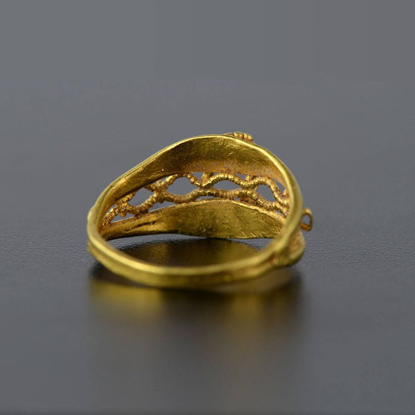 A Roman Gold Ring, ca 1st century BC/AD - Sands of Time Ancient Art