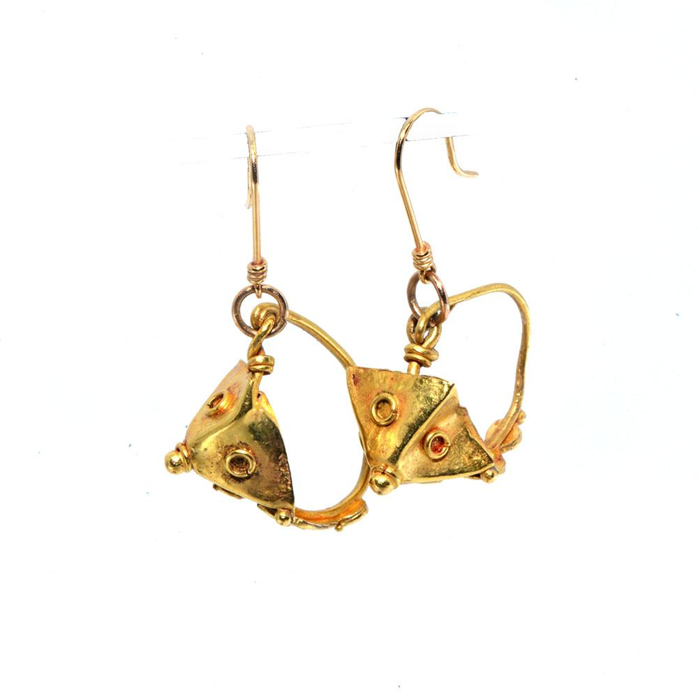 * A pair of Roman gold Pyramid Earrings, Roman Imperial Period, ca. 1st - 2nd Century CE
