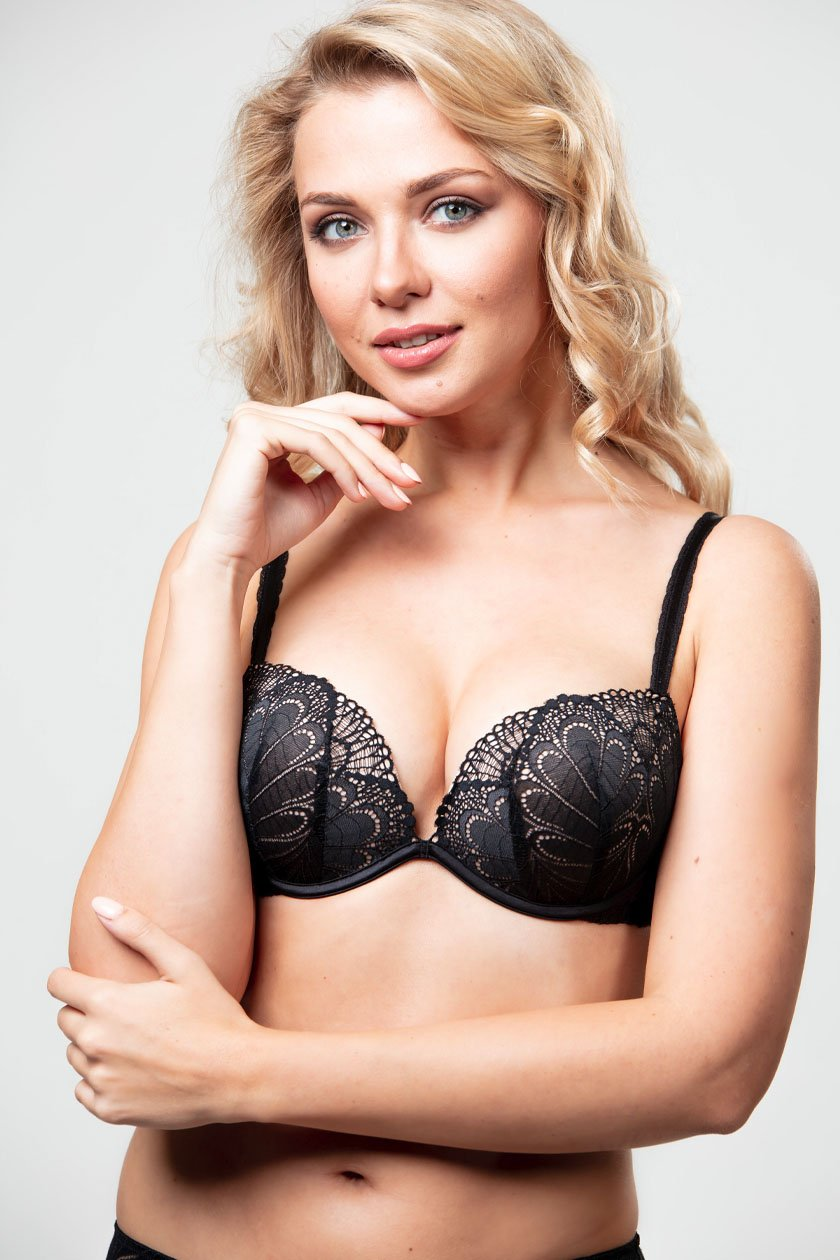 Wonderbra Refined Glamour Mustat Push-up Rintaliivit