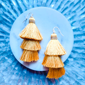 Cindy Simple Tassels