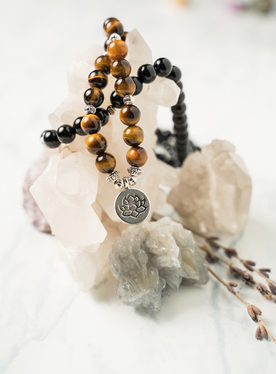 Natural Tiger Eye Mala with Black Onyx Beads