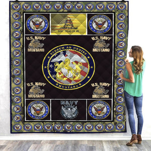 Navy Mustang Quilt Blanket In Assorted Sizes