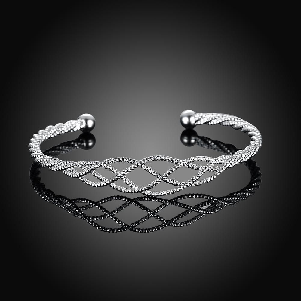 Silver Plated Intertwined Honeycomb Matrix Women's Bangle - Classy Swan
