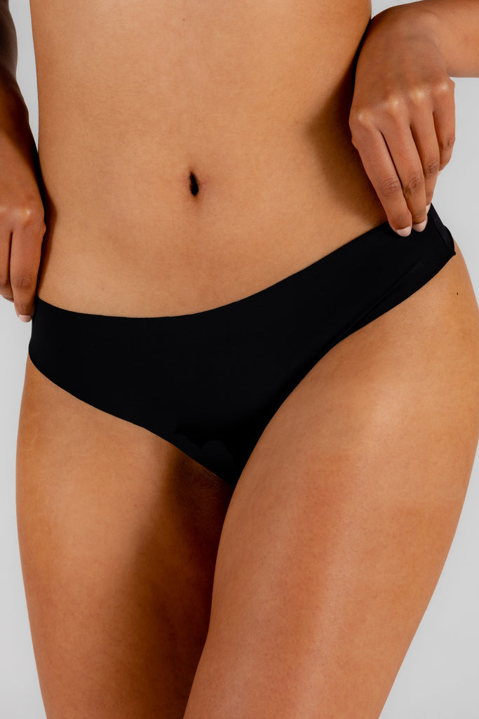 Threat Level Midnight | Black Seamless Thong