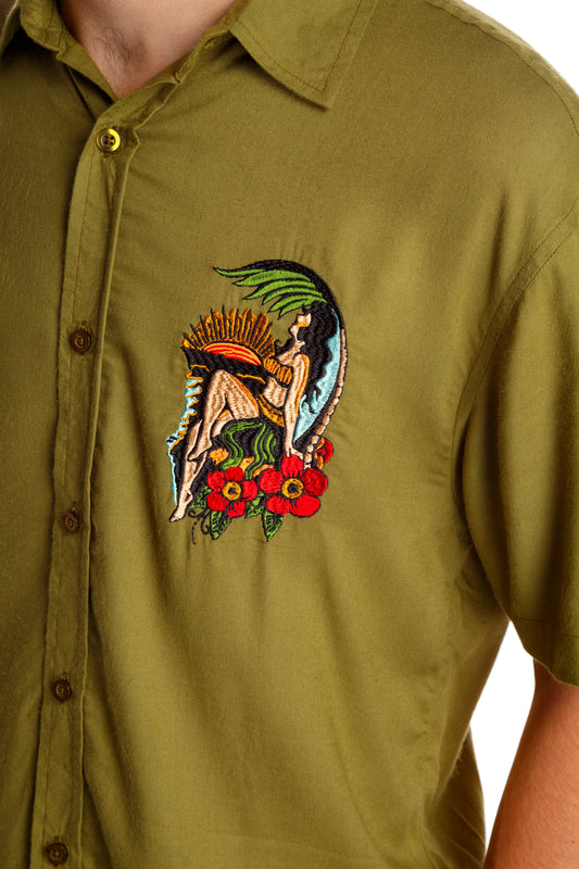 Olive button up leisure shirt
