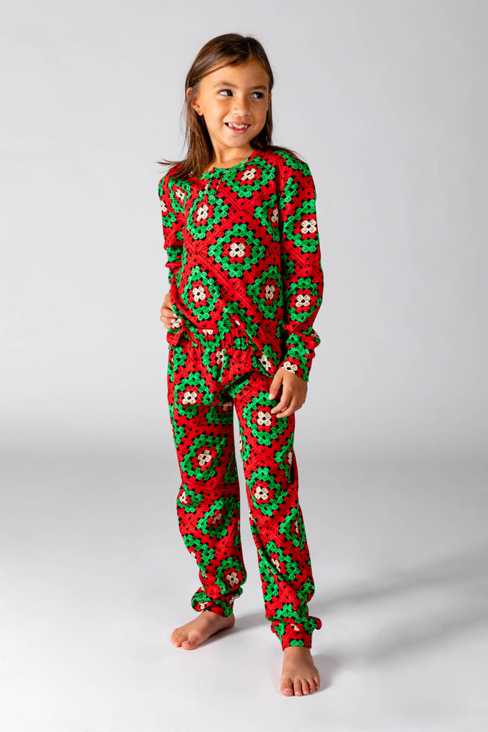 The Quilty Pleasure | Big Kid Unisex Red And Green Quilted Christmas Pajamas
