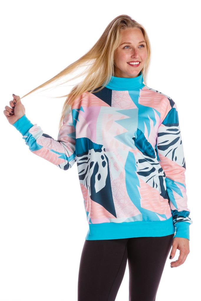It's Snowing In Miami | Gals Floral Vintage Turtleneck