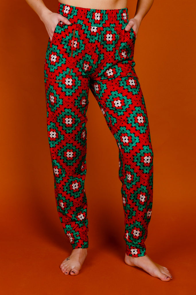 The Quilty Pleasure | Womens Red And Green Quilted Christmas Pajama Bottom