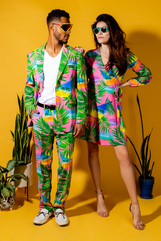Tropical beach attire for couples