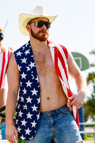 9495e4ef5b The Most Patriotic American Flag Clothing & USA Outfits on Earth