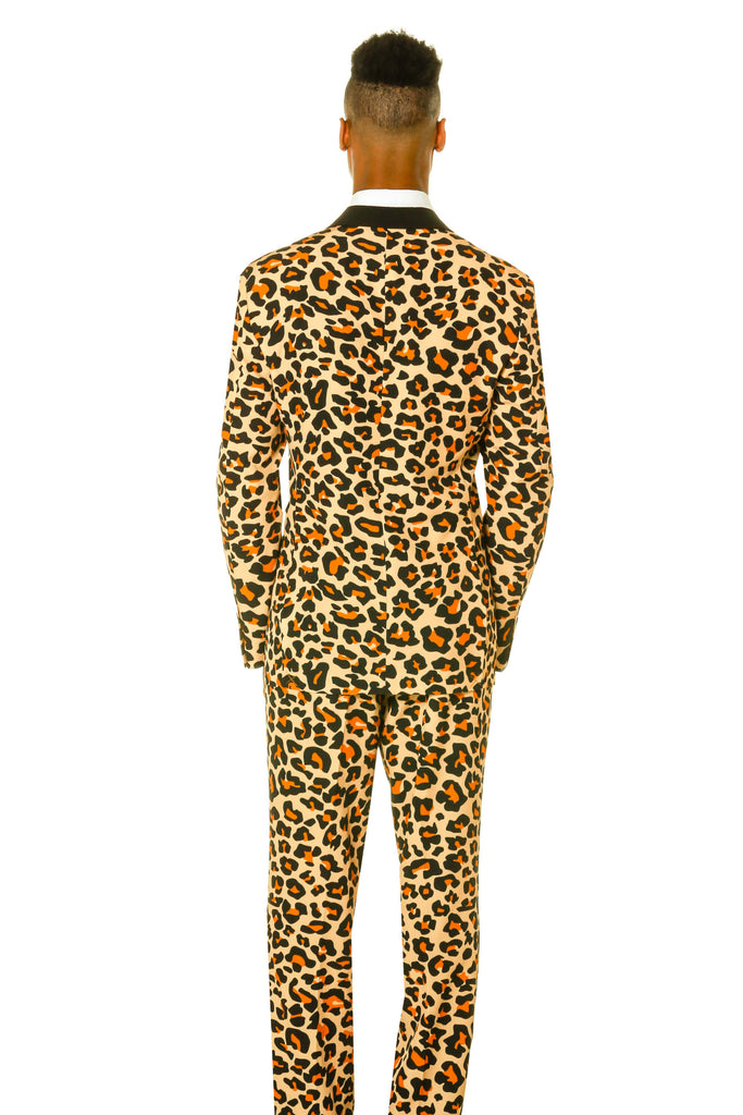 Back view of Shinesty men s Leopard print holiday suit 1af3aeb74