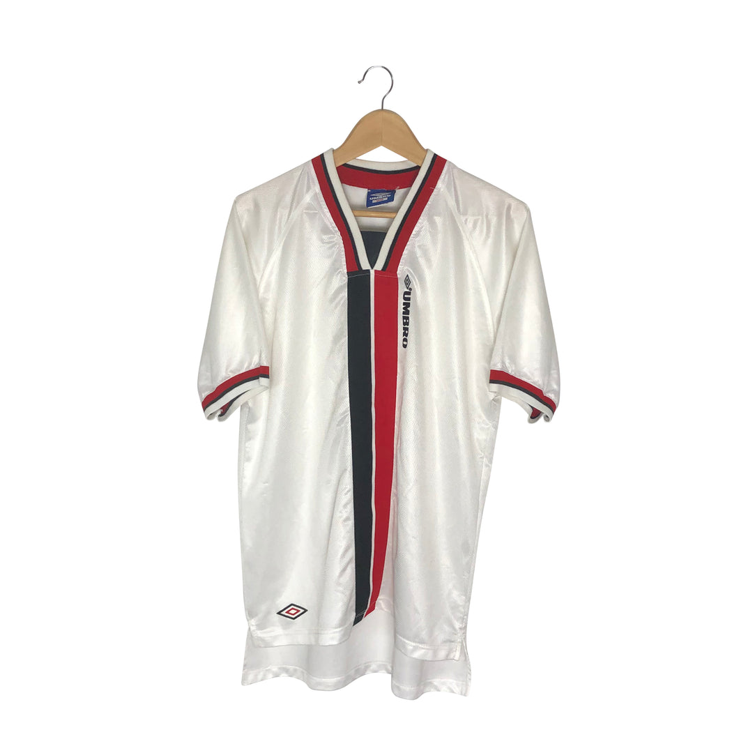 Vintage Umbro Jersey - Men's Medium