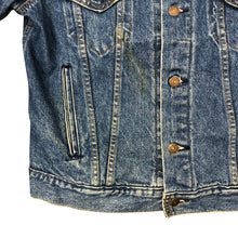 Load image into Gallery viewer, Vintage Levis Denim Jacket - Women's Large